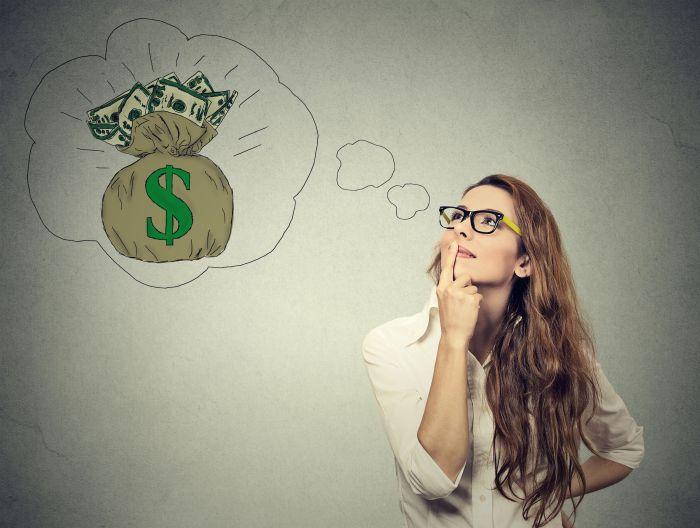 Jak kobiety podchodzą do pieniędzy? Obalamy 6 najczęstszych mitów