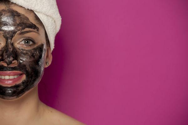 Co wyróżnia maskę do twarzy od Garnier?